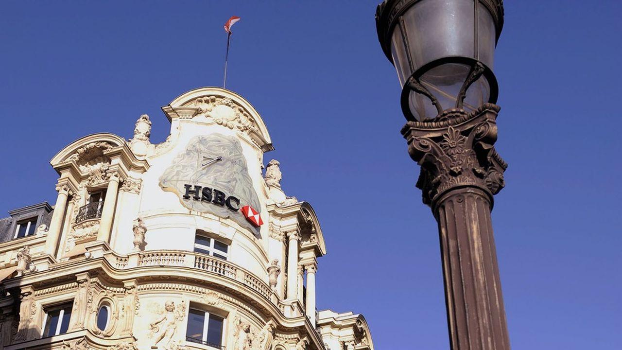HSBC va quitter son siège français historique des Champs-Elysées en fin d'année.