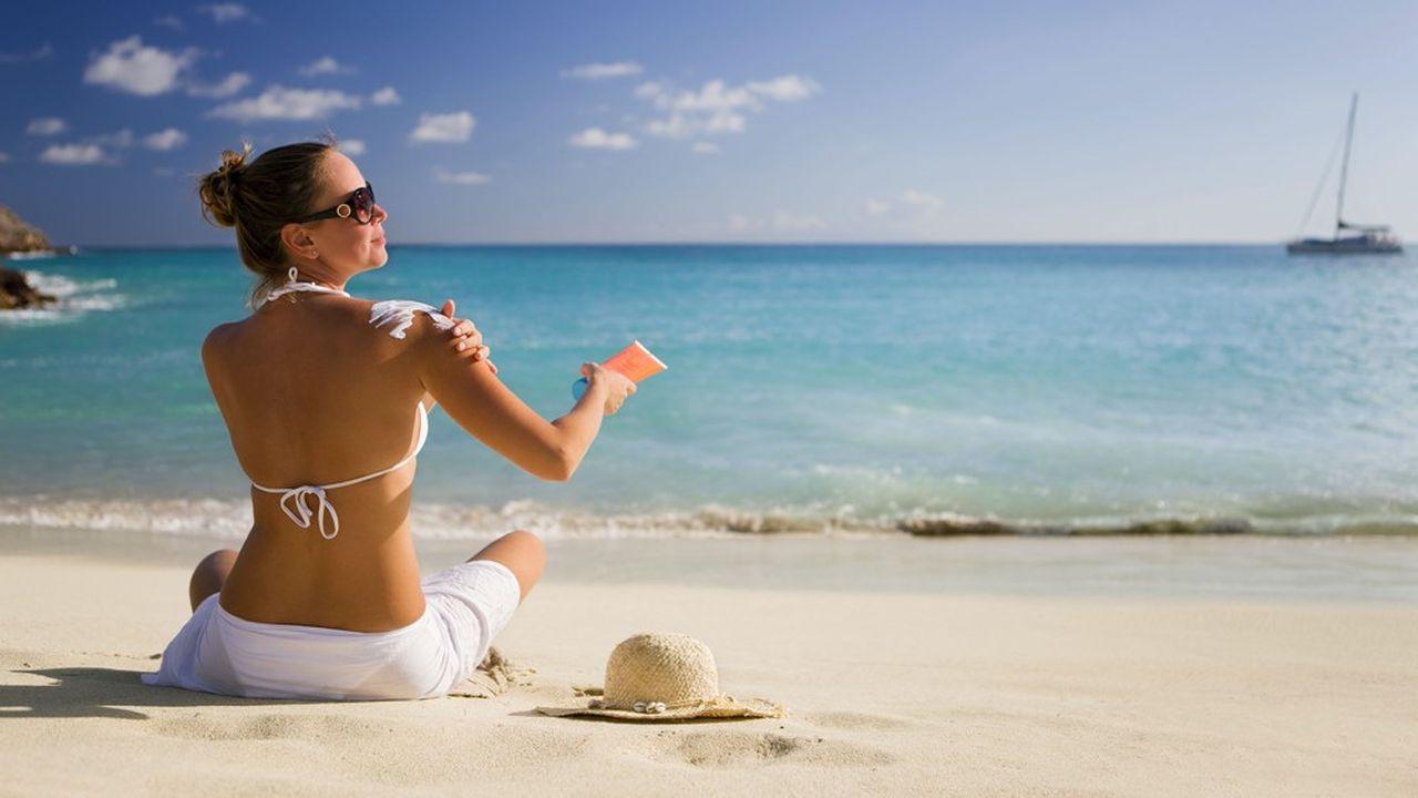 Les crèmes solaires sont sur la sellette. Elles contribuent à la destruction des récifs coralliens.