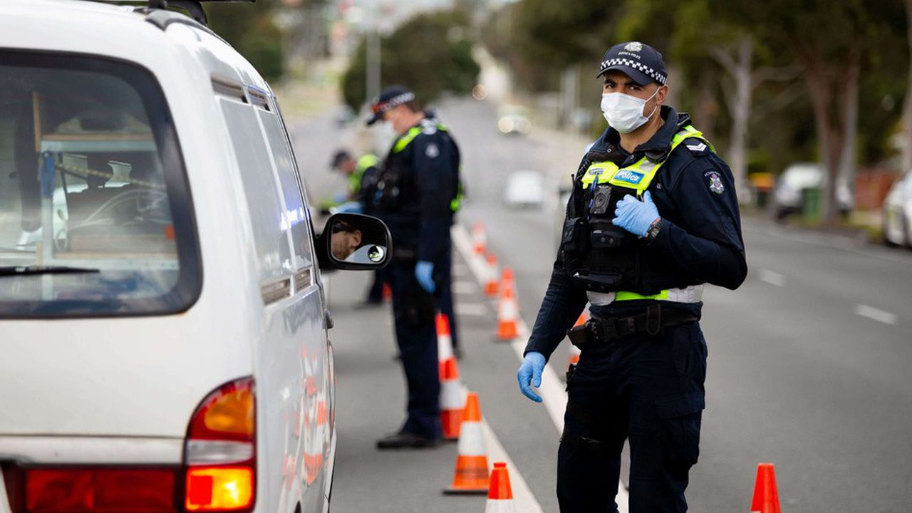 Plus de cinq millions de personnes ont reçu mardi l'ordre des autorités locales de rester confinées à Melbourne.