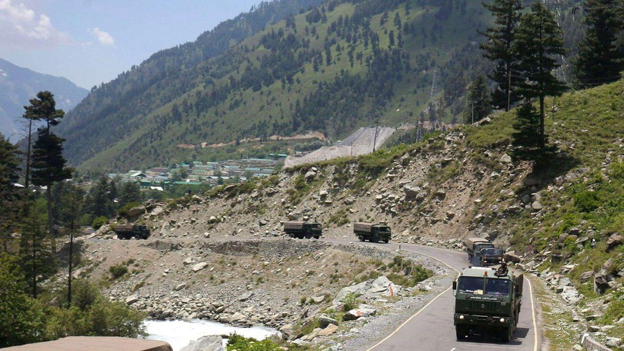 Les troupes des deux pays ont reculé de 1 à 2km conformément à l'accord qui avait été trouvé en juin dernier avant un affrontement sanglant.