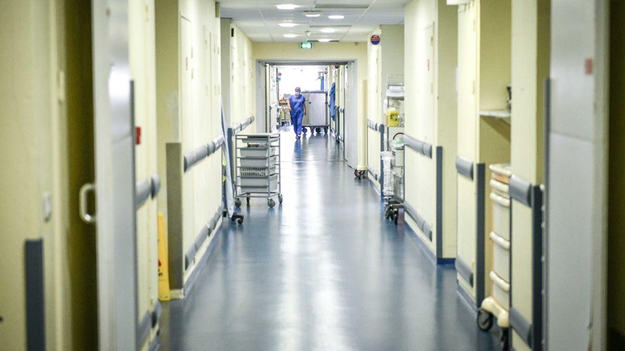 Pendant la crise, des unités médicales ont été dédiées à la prise en charge des patients atteints du Covid-19, comme ici, à Bordeaux le 27mars.