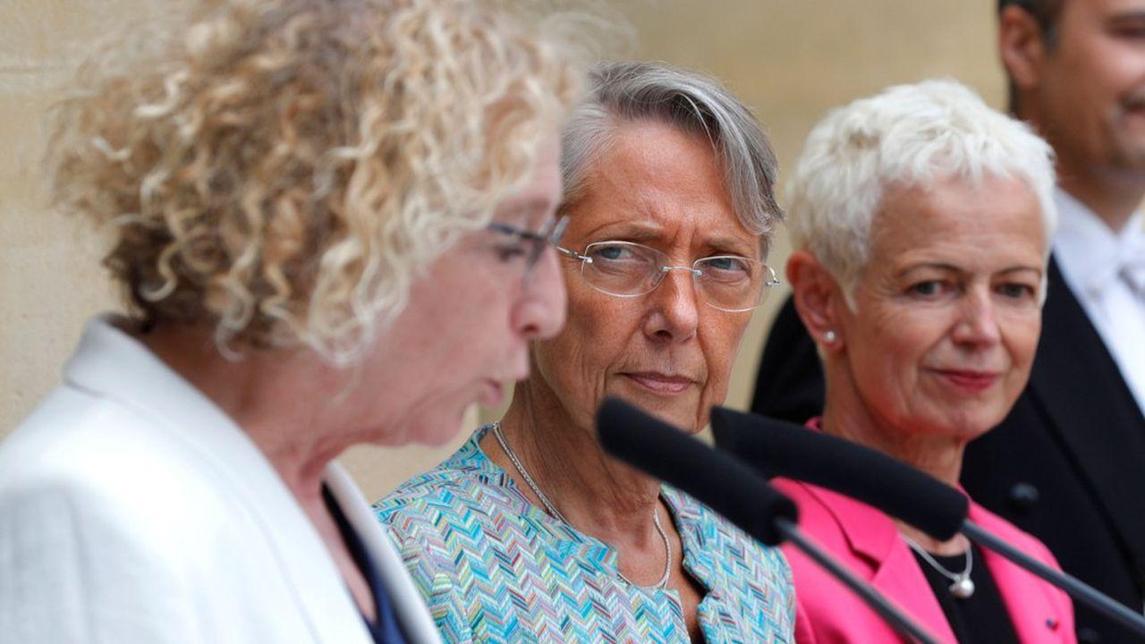 En succédant à Muriel Pénicaud au ministère du Travail, Elisabeth Borne ajoute les retraites à son portefeuille.