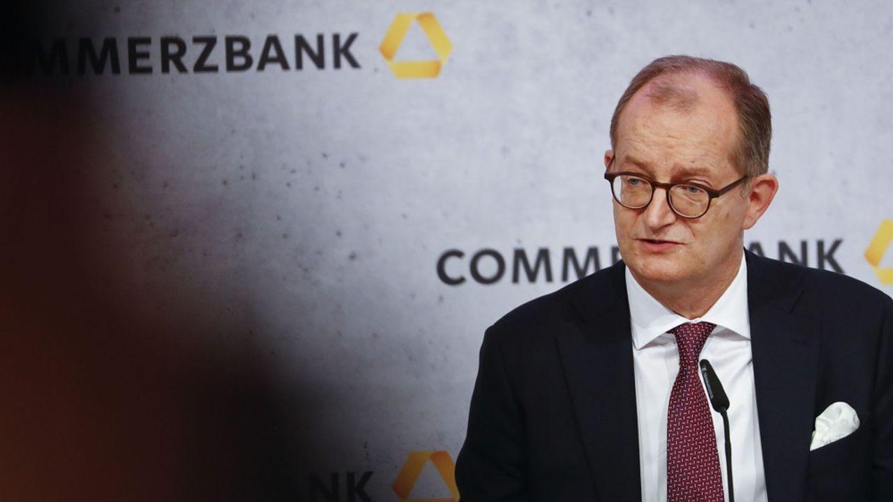 Le directeur général sortant de Commerzbank, Martin Zielke, s'est dit prêt à rester aussi longtemps que nécessaire. Photographer: Alex Kraus/Bloomberg