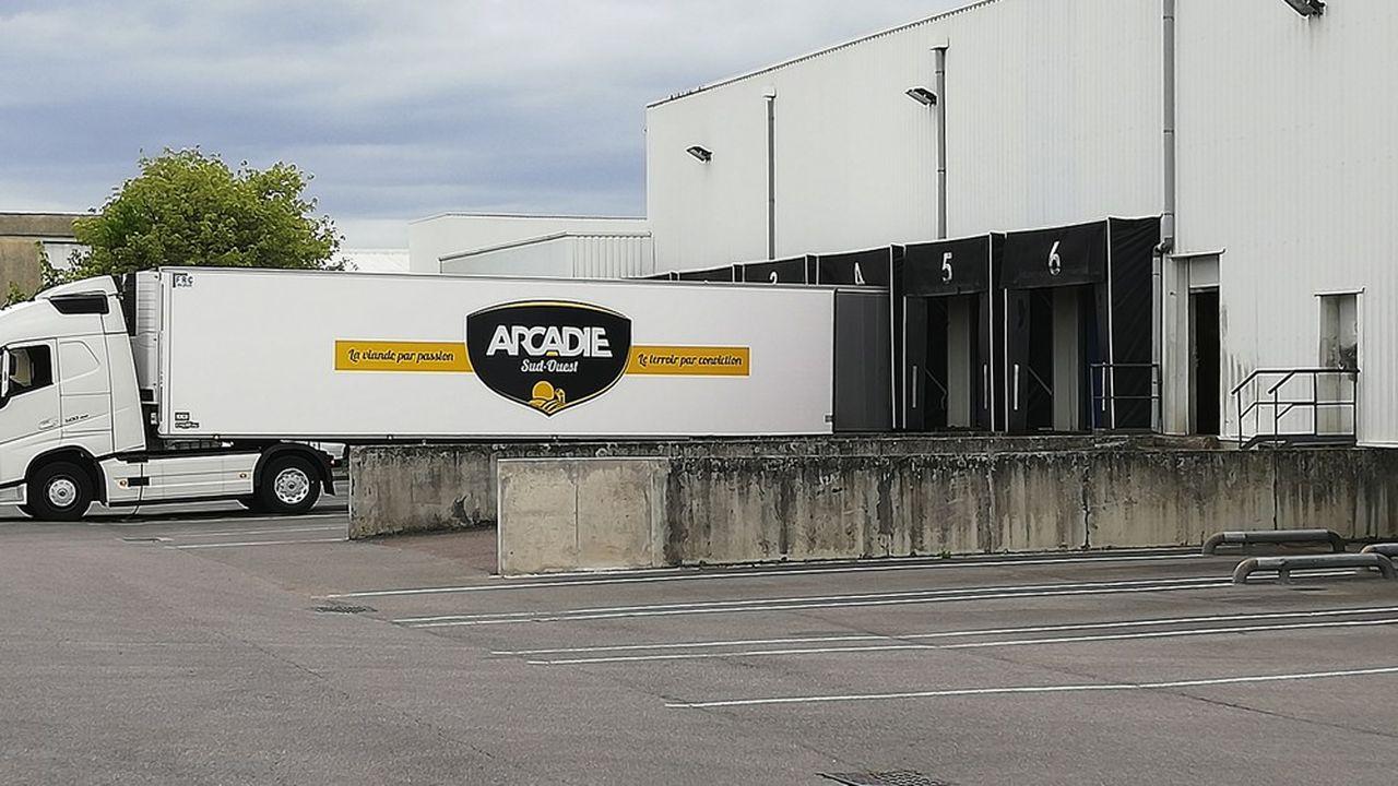 Arcadie Sud-Ouest détient 14 sites de première et deuxième transformation dans une dizaine de départements, de l'Aveyron aux Pyrénées-Atlantiques.