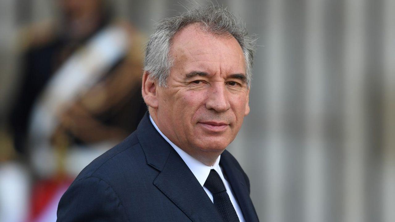 François Bayrou voudrait que le Commissariat général au Plan soit rattaché directement à l'Elysée.
