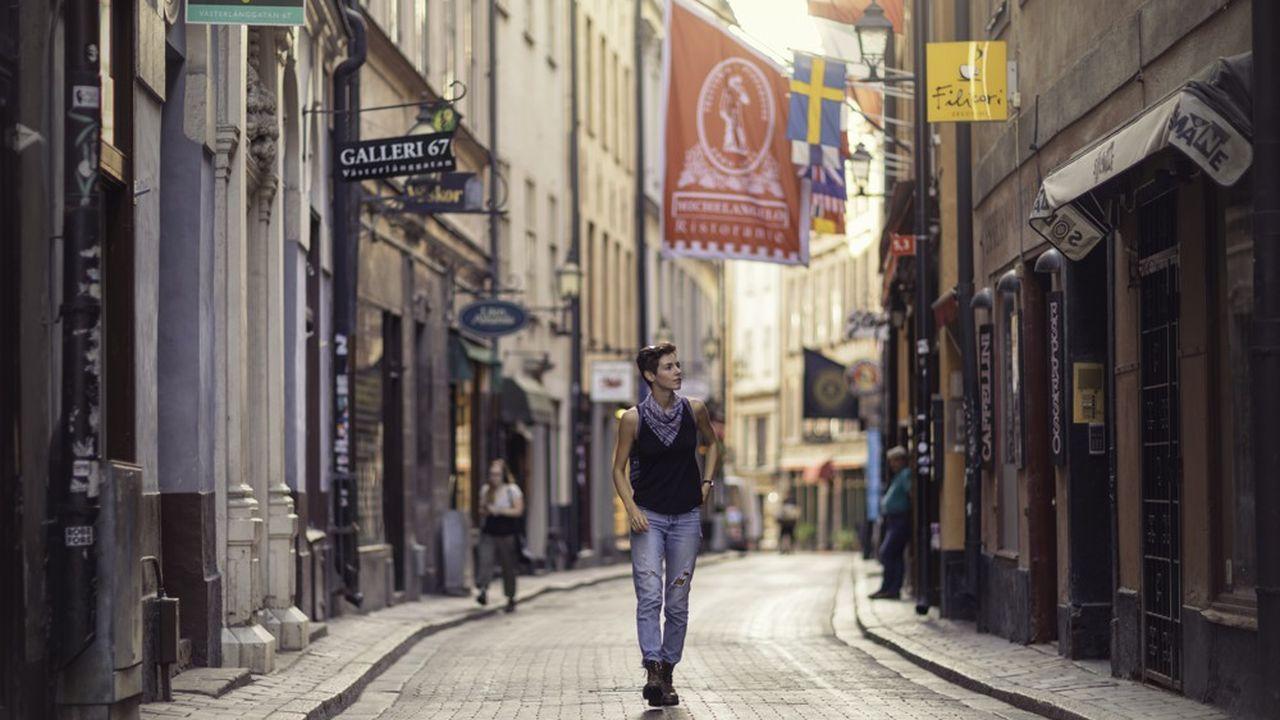 En Suède, les étudiants, peu importe leur condition socio-économique, ont droit à une bourse de 823 couronnes (76euros) par semaine.