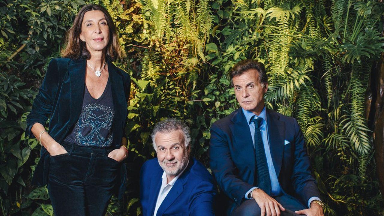 Odile, Jean et Alain Madar, photographiés au siège du groupe Madar, à Paris.