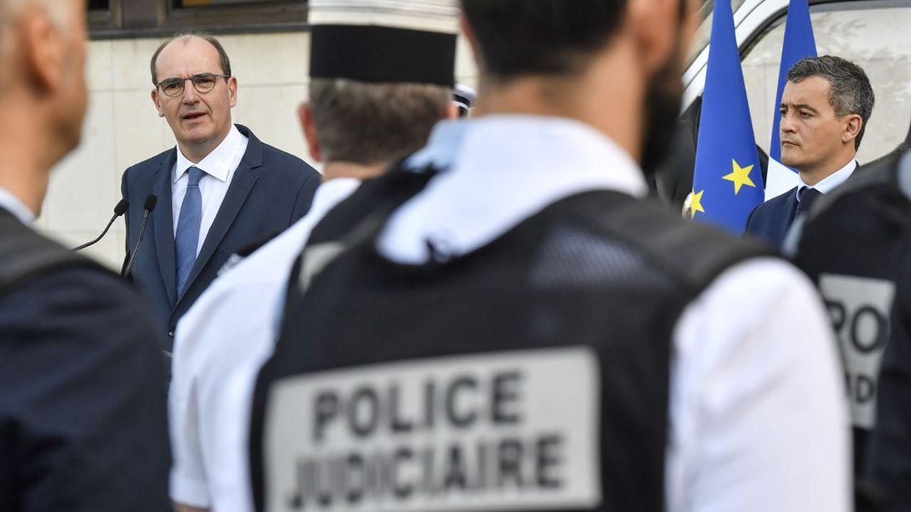 Suite aux affrontements à Dijon il y a un mois, le Premier ministre Jean Castex s'est rendu à l'hôtel de police pour exprimer son soutien aux forces de sécurité.