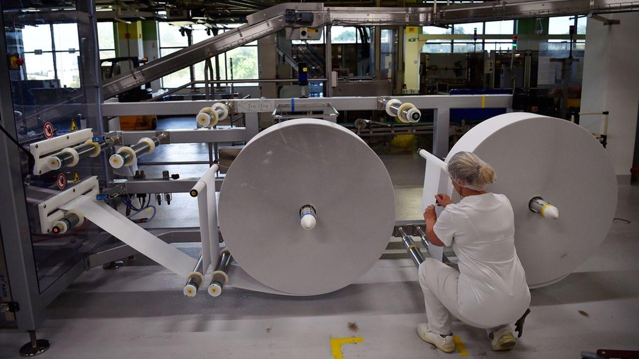 La production industrielle française a augmenté de 19,6% après une chute le mois précédent liée au confinement.