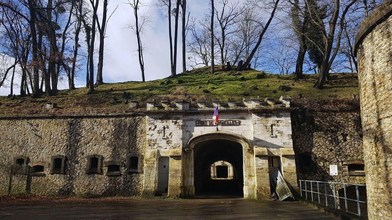 Le fort de Cormeilles-en-Parisis représente aujourd'hui le principal modèle de l'architecture militaire du XIXème siècle,