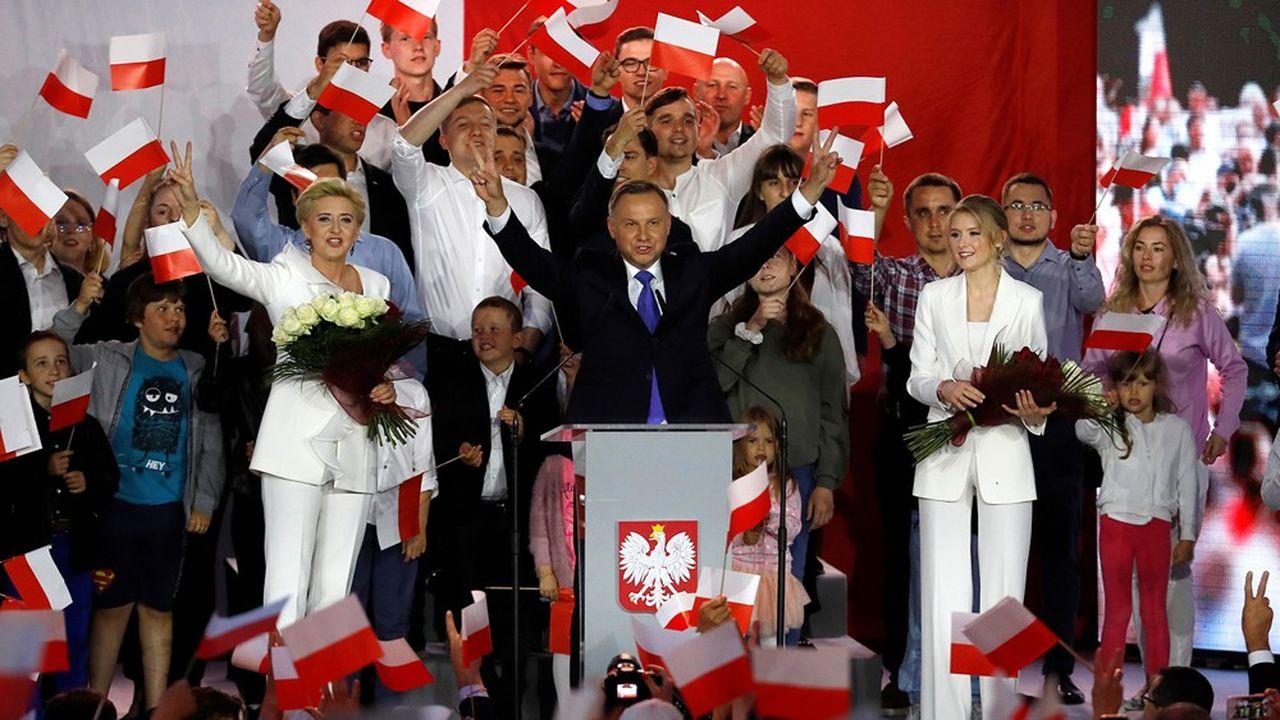 Le président sortant Andrzej Duda réélu en Pologne