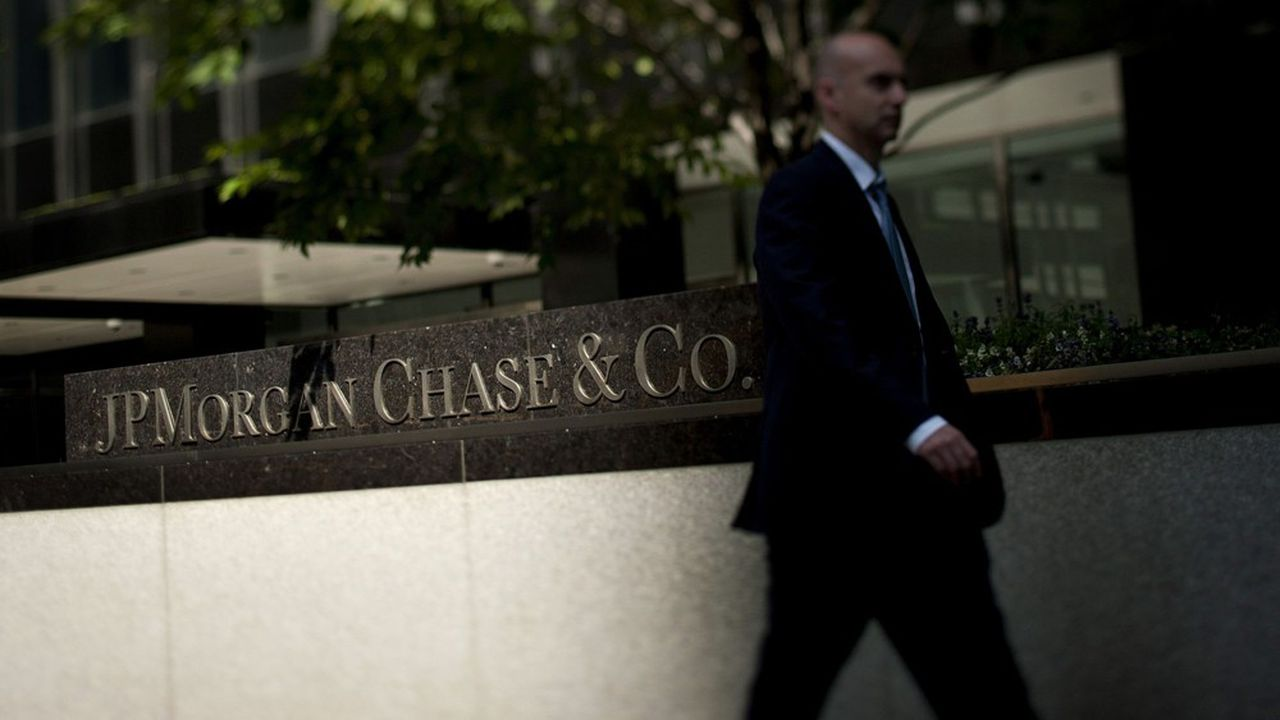 JP Morgan est parvenu à maintenir sa tête hors de l'eau en début d'année grâce à ses activités de banque d'investissement.