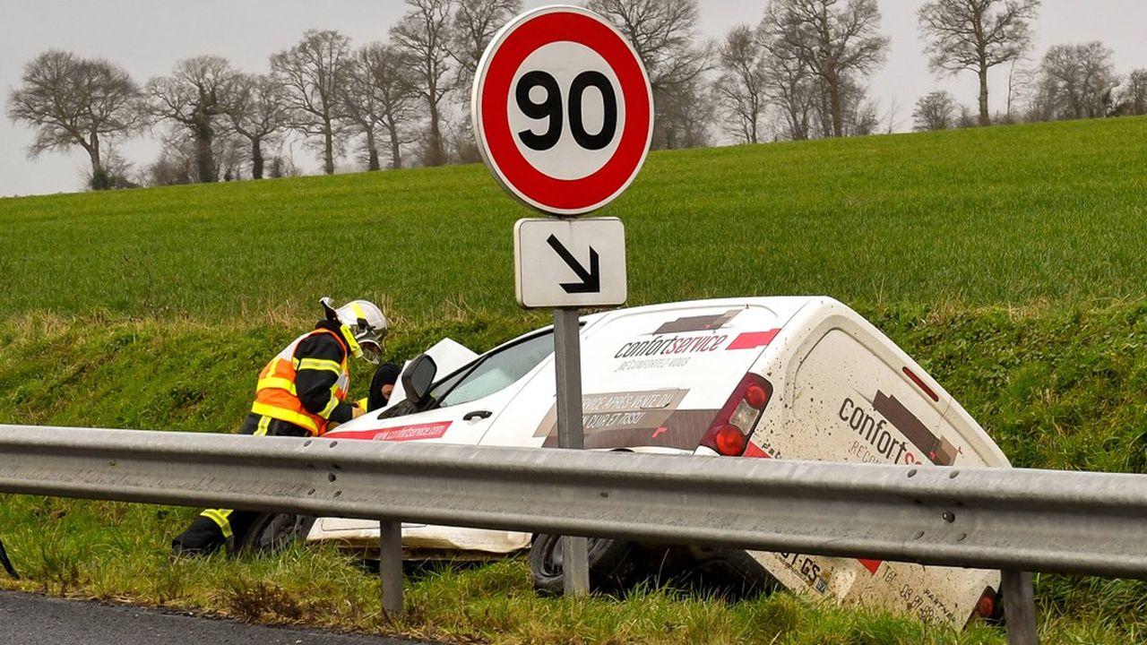 La Roumanie détient le record d'Europe de mortalité routière avec 99 décès par accidents de la route par million d'habitants, suivie de la Bulgarie (96 morts) et de la Croatie. La France enregistre 51 morts par million d'habitants.