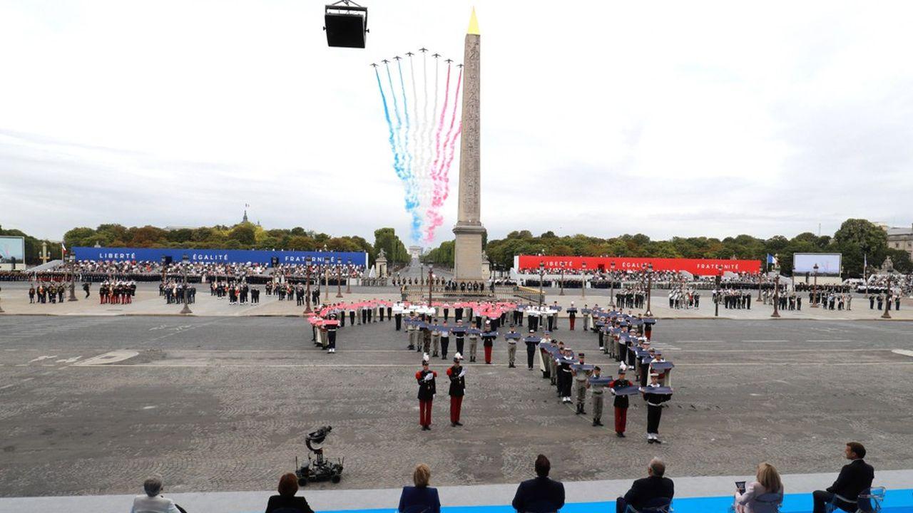 14 juillet inédit pour Emmanuel Macron, qui après un mini-défilé confiné place de la Concorde, a renoué avec l'exercice d'une longue interview télévisée.