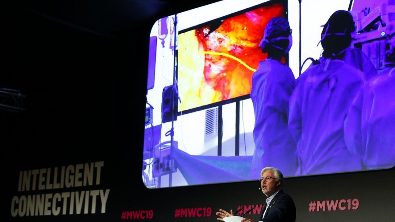 Une conférence au Mobile World Congress de Barcelone, le 27février 2019, au sujet de la première opération chirurgicale via la 5G.