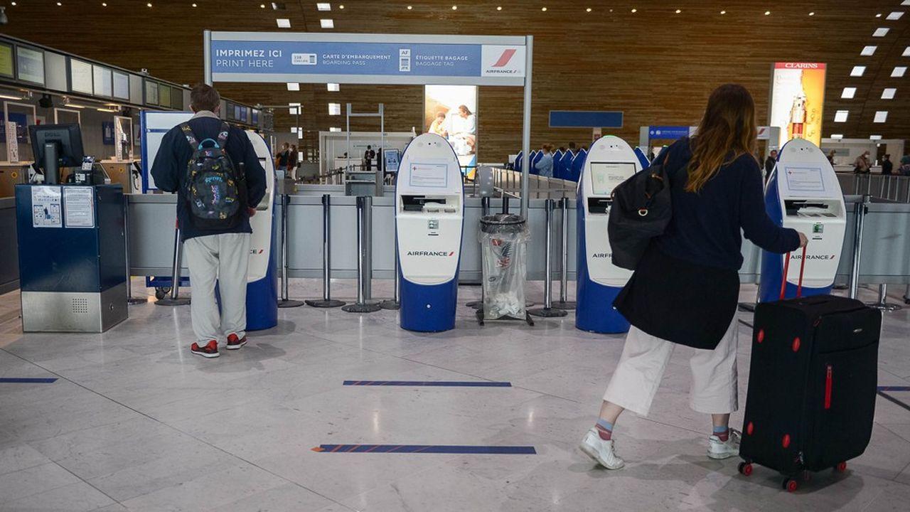 Voyages annulés: le secteur aérien demande