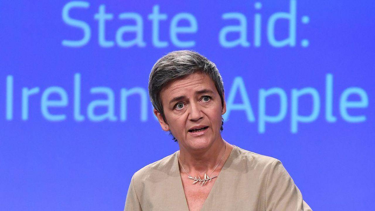 En 2016, la commissaire à la concurrence Margrethe Vestager avait exigé de Dublin qu'il récupère auprès d'Apple 13milliards d'euros - plus les intérêts - d'ici la fin décembre2017, des avantages fiscaux jugés indus.