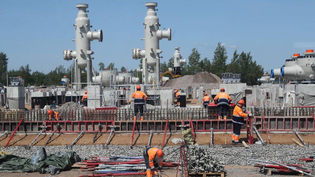 Le chef de la diplomatie américaine Mike Pompeo a promis mercredi d'imposer de nouvelles sanctions aux partenaires du projet d'interconnexion gazière entre la Russie et l'Allemagne, soutenu par les Européens.