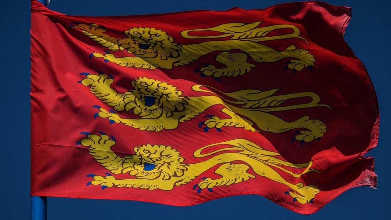 Le drapeau de la région Normandie.