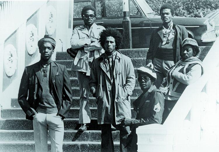 Bob Marley et son groupe The Wailers, à Londres, en 1973