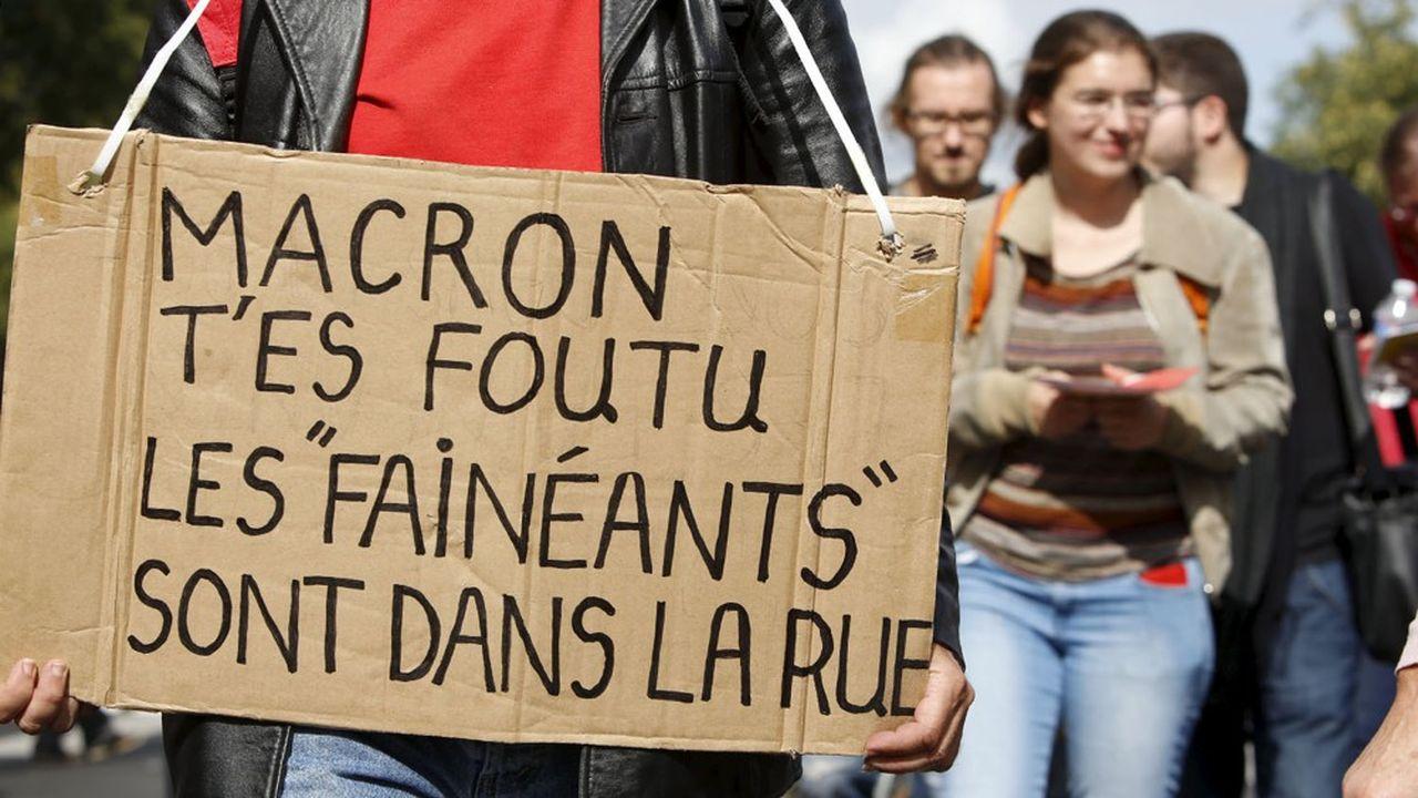 La question de la détestation demeureparce qu'elle souligne les difficultés considérables de la France à sortir de la douillette dégradation dans laquelle elle s'était installée depuis trente ans.