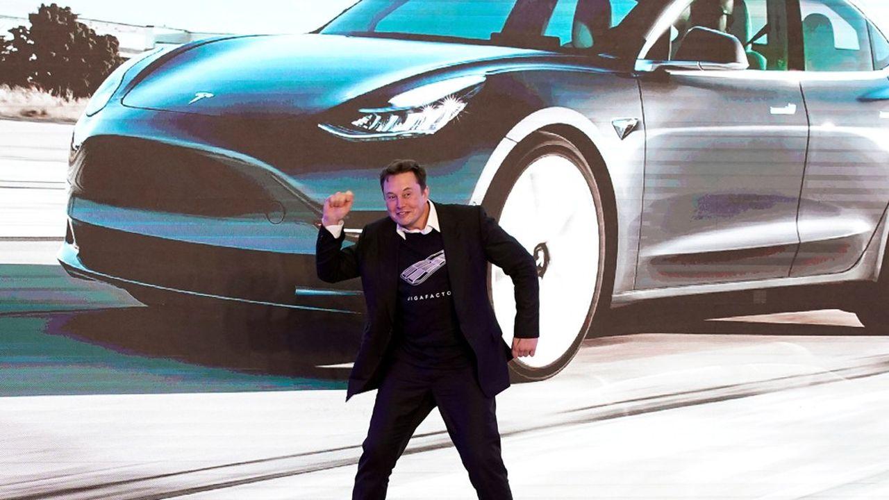 La capitalisation de la société est passée de 200milliards à 320milliards de dollars en un temps record, creusant encore l'écart avec les constructeurs automobiles historiques.