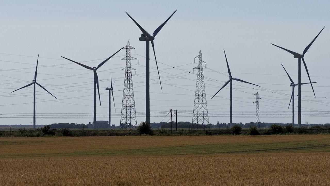 Selon les prévisions du régulateur, 5,8milliards d'euros seront nécessaires pour financer le soutien aux énergies renouvelables électriques en 2020. (Photo by GUILLAUME SOUVANT/AFP)
