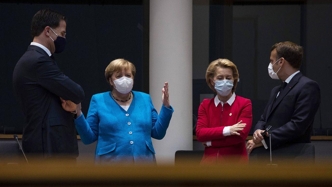 Les chefs d'Etat et de gouvernement - tous équipés de masques de protection - se retrouvent physiquement à Bruxelles.