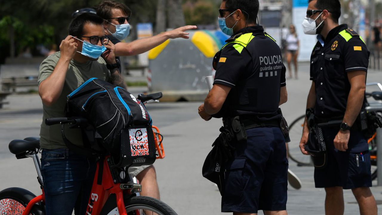 Les habitants de l'agglomération de Barcelone ont été appelés à «rester chez eux», vendredi, sauf pour des raisons de première nécessité suite à une hausse des cas de Covid-19.