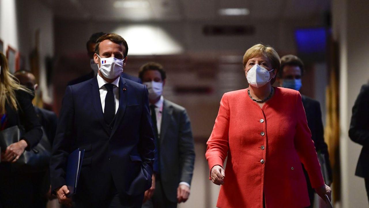 Coronavirus : pas de masques gratuits pour tout le monde prévient Emmanuel Macron