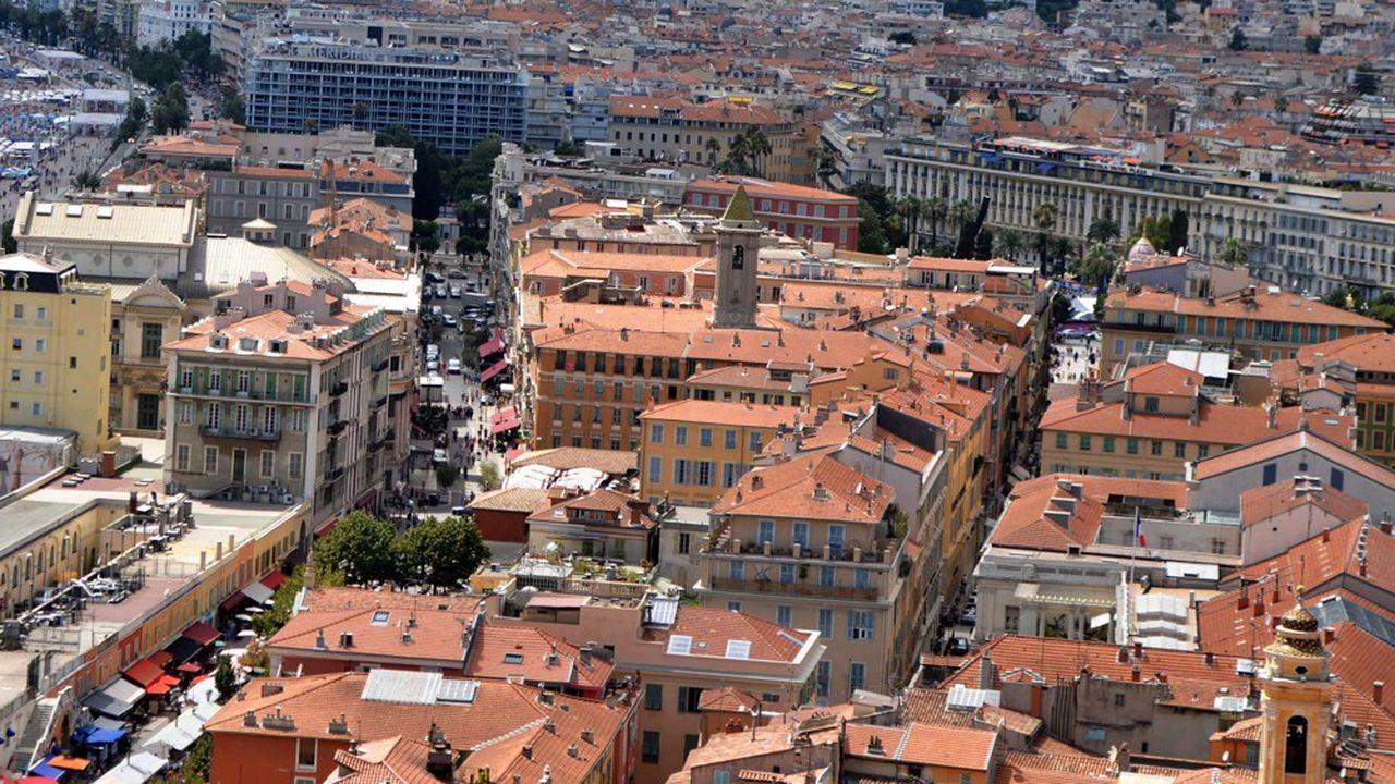 Les agents publics de catégorie moyenne ne peuvent pas toujours bénéficier du logement social, mais n'ont pas les ressources suffisantes pour se loger décemment dans les zones tendues, comme ici à Nice.