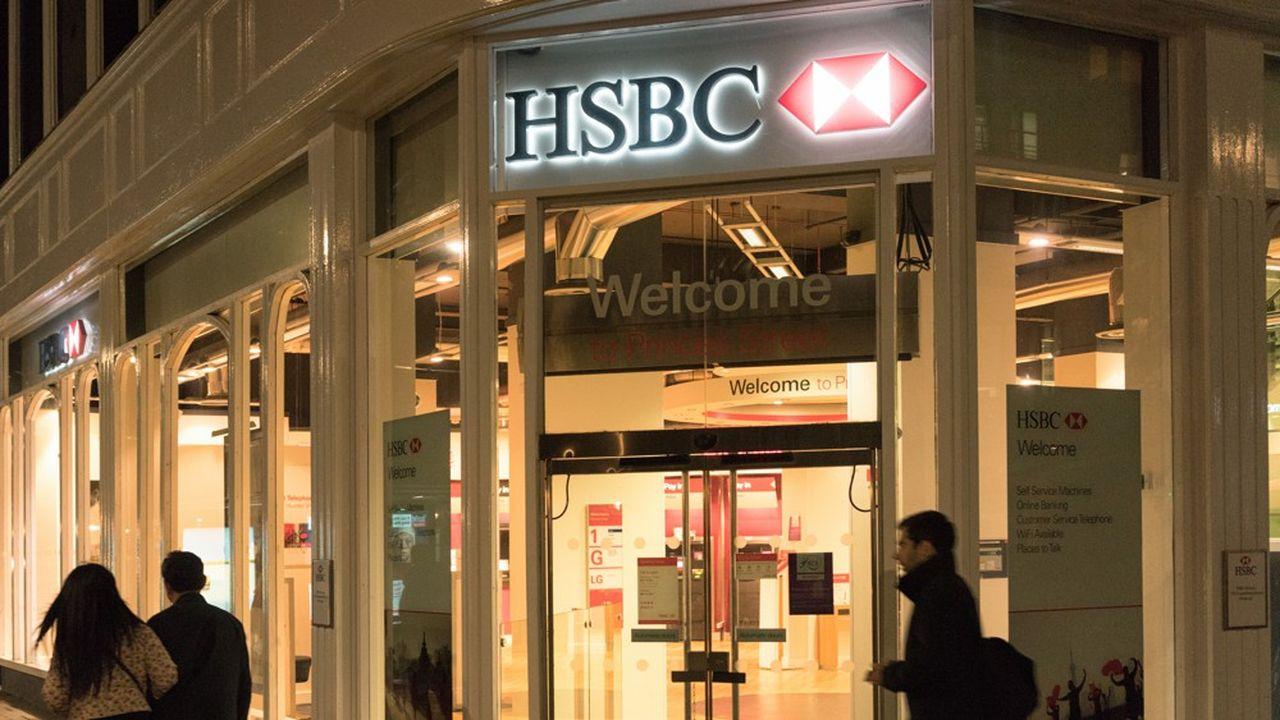 HSBC cherche à céder une partie de son activité banque de détail en France, mais le dossier s'avère complexe.