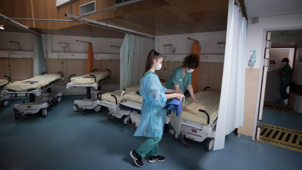 Le ministre de la Santé va autoriser l'ouverture ou la réouverture de 4.000 lits de médecine «à la demande».