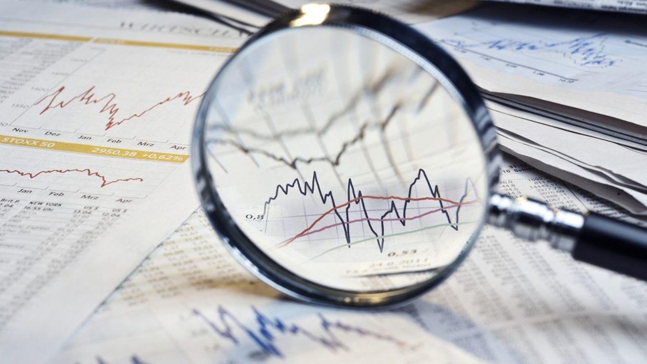 Alors que les analystes s'attendent en moyenne à une baisse de 44% des bénéfices au deuxième trimestre, selon le consensus compilé par FactSet, la plupart des entreprises restent muettes sur leurs objectifs.