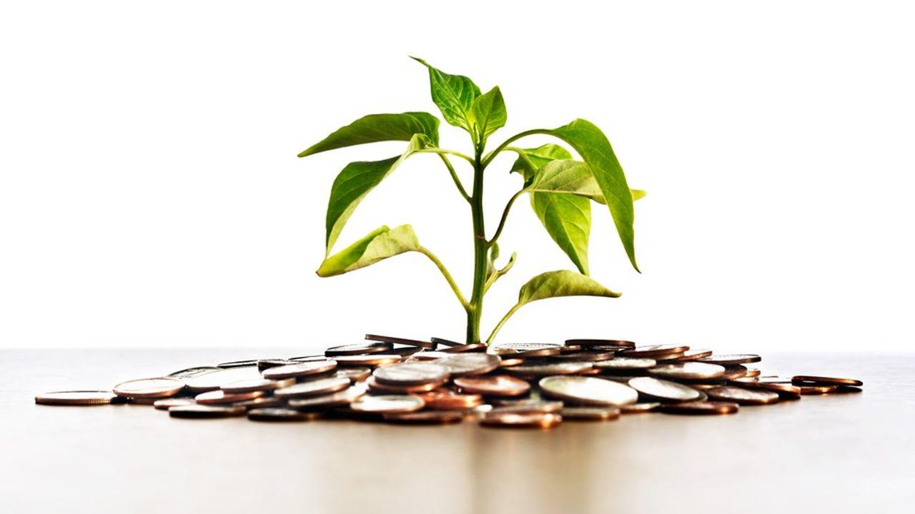 L'épargne financière des Français a littéralement explosé pour atteindre un volume record de plus de 5.000milliards d'euros. Mais elle ne finance que de façon marginale la transition écologique.