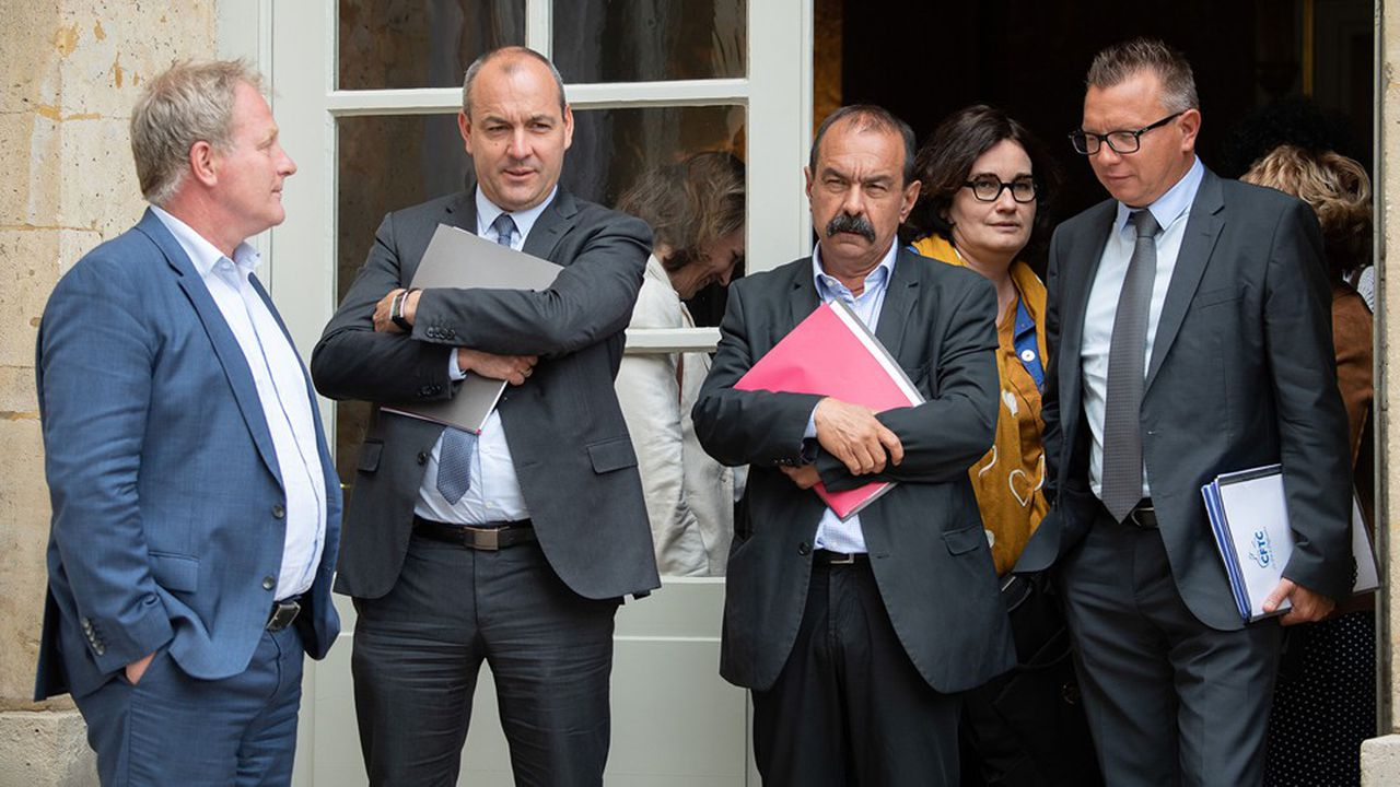 François Hommeril (CFE-CGC), Laurent Berger (CFDT), Philippe Martinez (CGT) et Cyril Chabanier (CFTC) à l'issue de la conférencesociale, la semaine dernière.