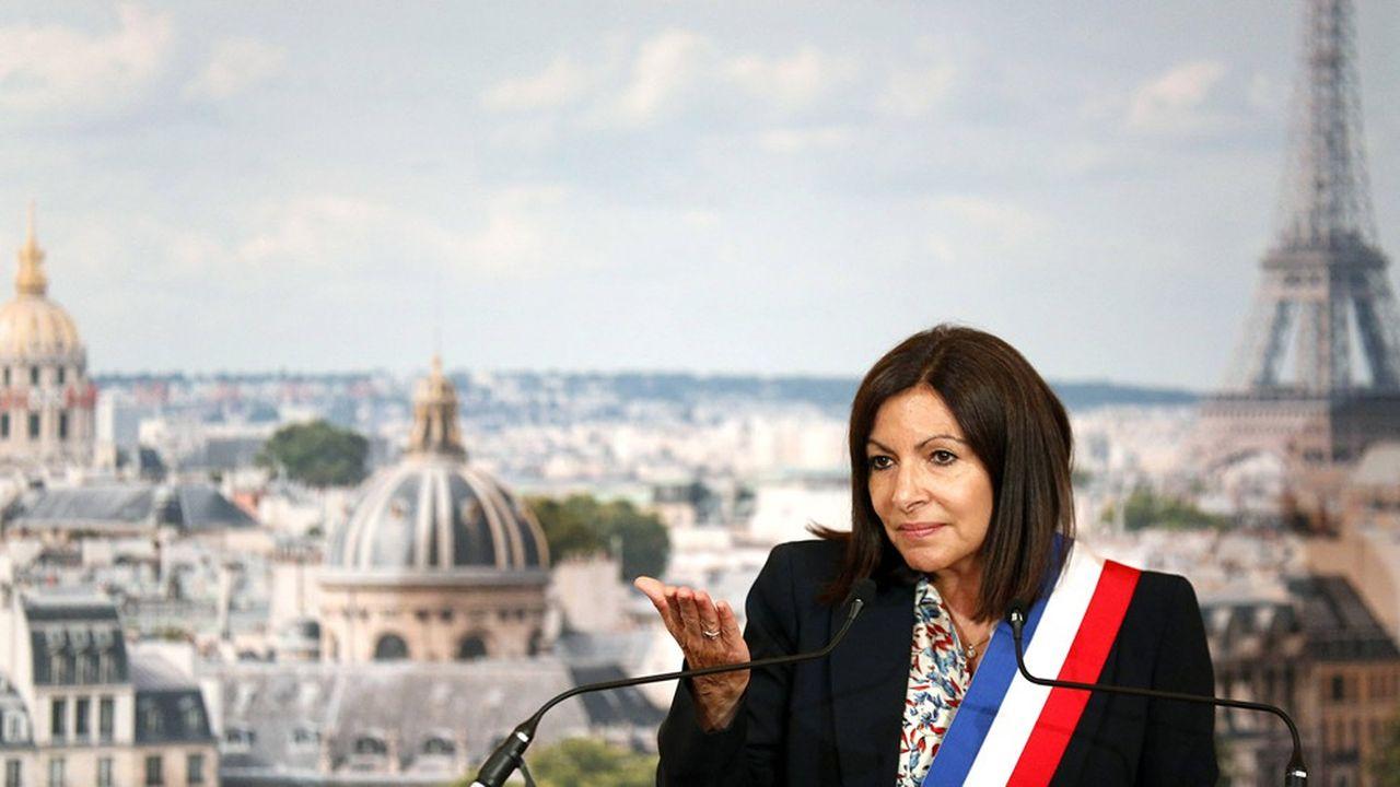 «La baisse du trafic automobile est très claire et il faut continuer à l'accompagner», a déclaré Anne Hidalgo dans une interview parue le 23juillet 2020.