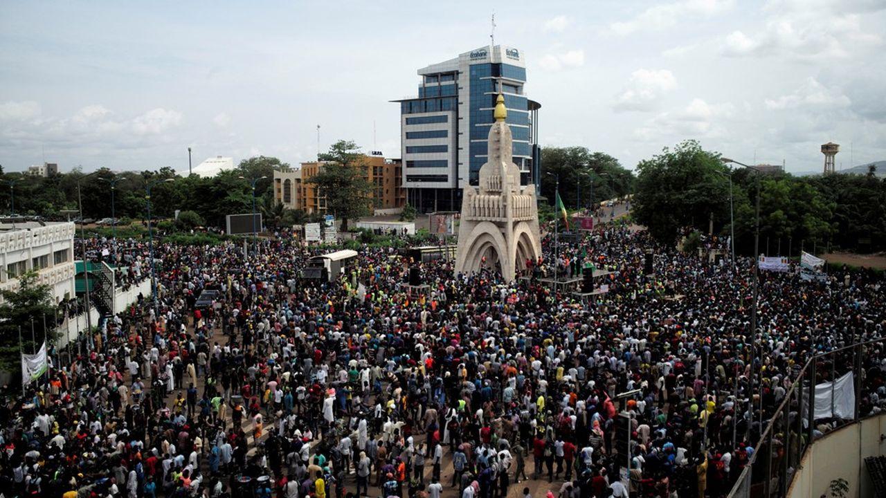 Les manifestants demandent sans relâche le départ du président Ibrahim Boubacar Keita, dont le mandat est très décevant.
