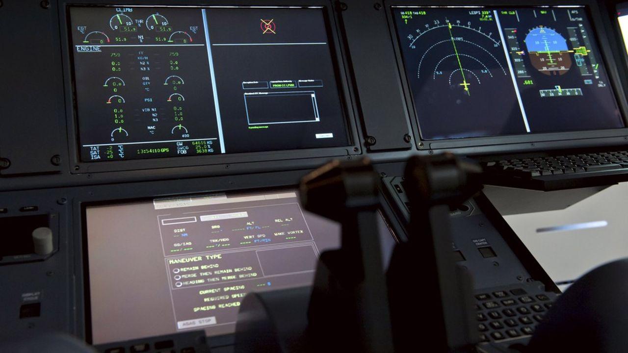 Ecran numerique et tactile, Thales est leader dans le contrôle aérien