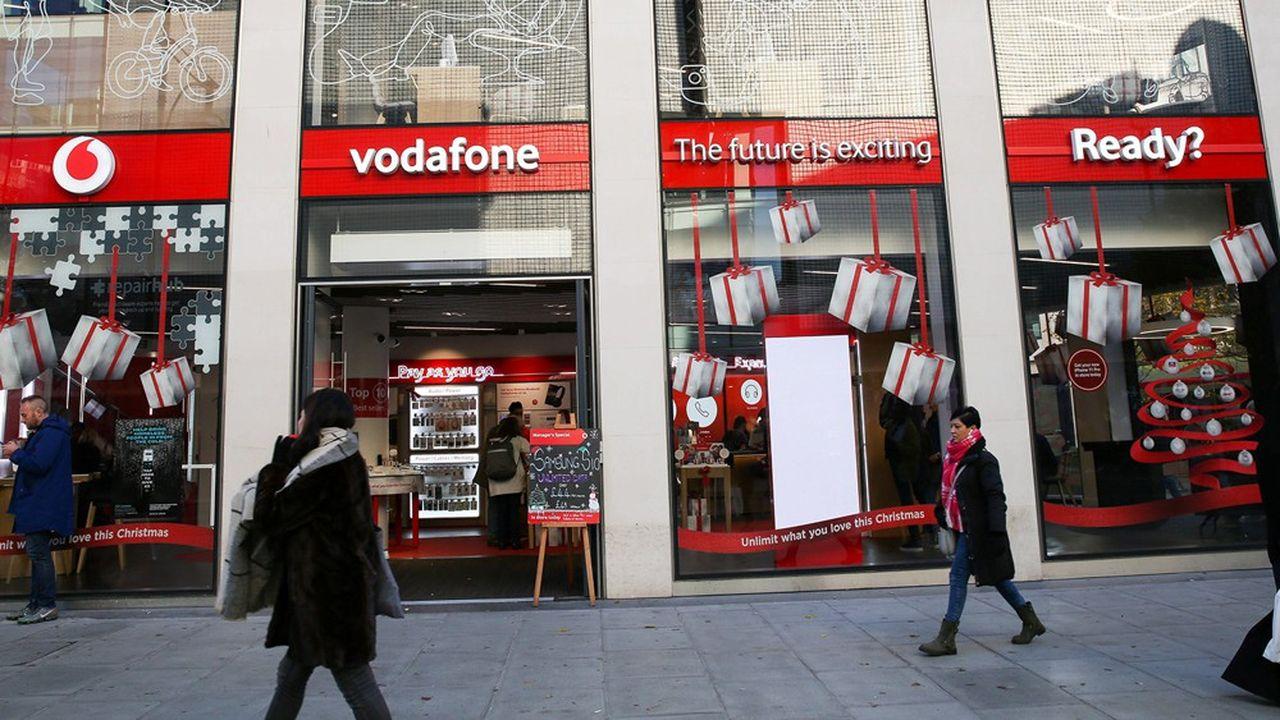 Le britannique Vodafone est l'un des plus grands opérateurs au monde avec environ 674millions de clients dans 22 pays.