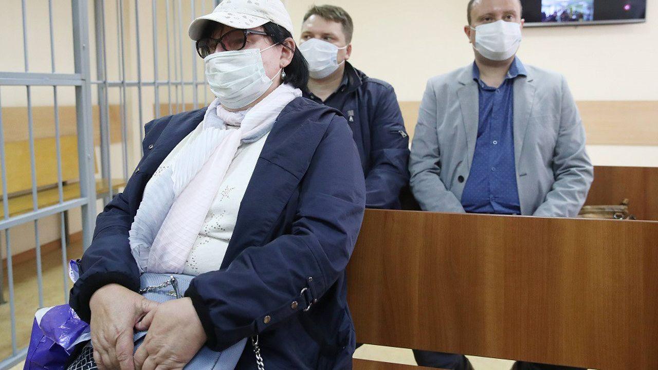 Trois contrôleurs aériens ont été condamnés à des peines de prison, cinq ans après l'accident qui a coûté la vie à Christophe de Margerie.