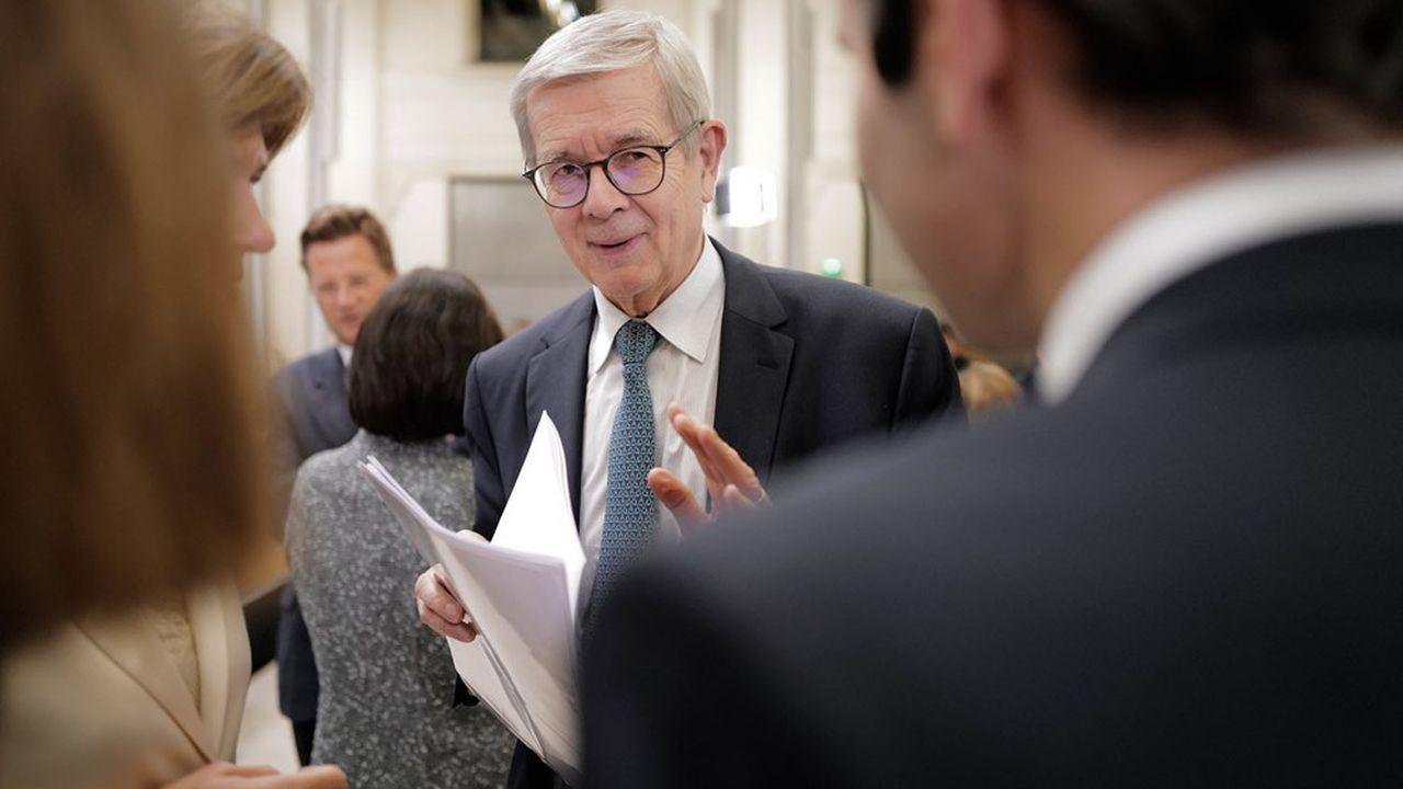 Président de l'organisation professionnelle représentative de l'industrie, l'ancien patron de PSA, Philippe Varin, explique en quoi une baisse des impôts de production permettrait aux entreprises d'investir pour amplifier les effets du plan de relance.