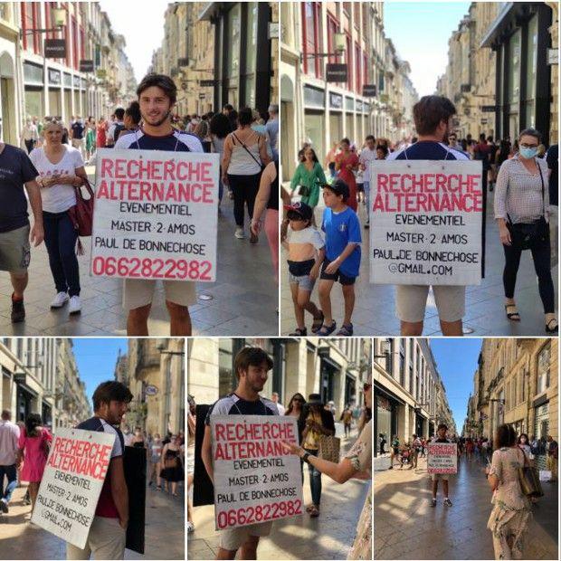 Cet étudiant dans l'événementiel sportif a décidé de déambuler dans les rues de Bordeaux en homme-sandwich pour trouver son alternance.