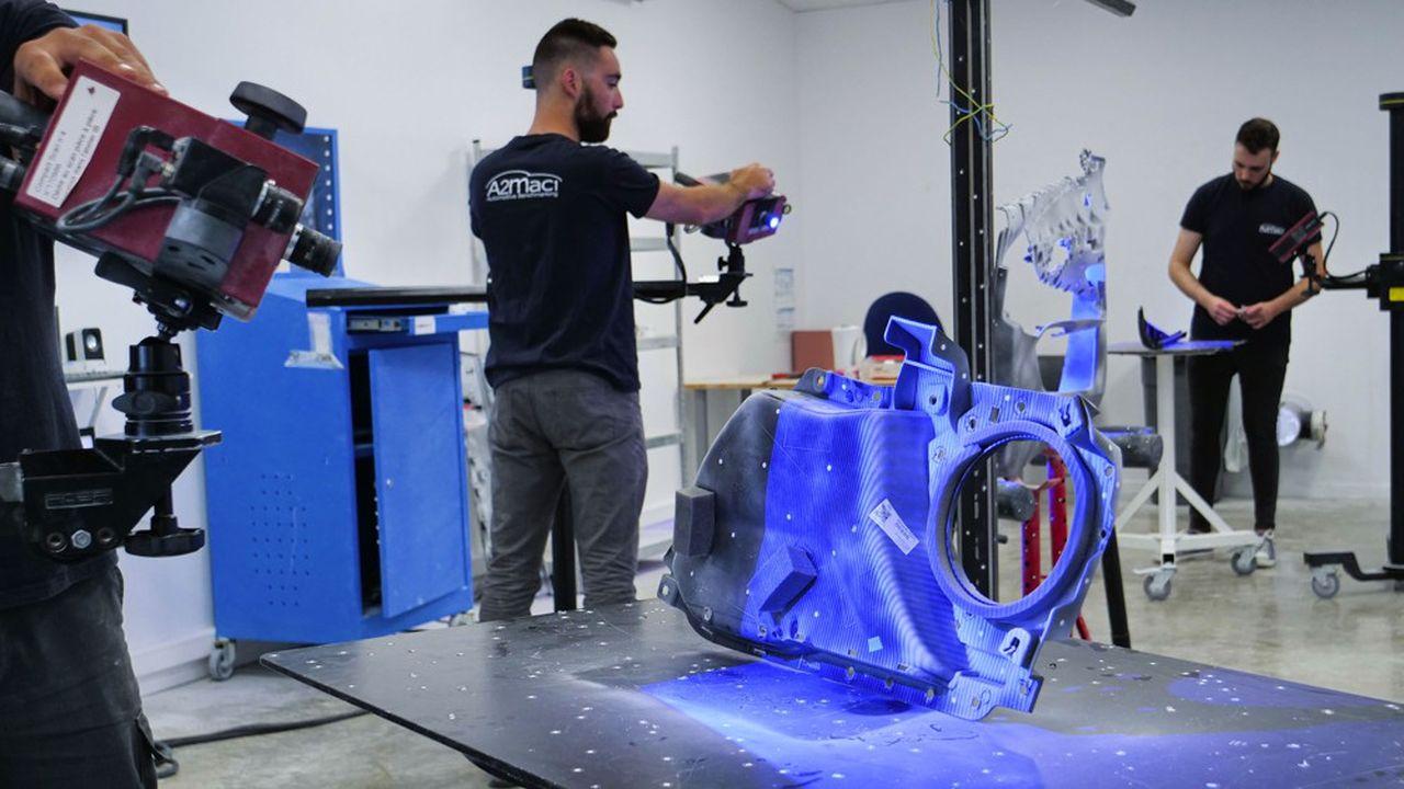 Dans les laboratoires de l'entreprise, on démonte, on pèse, on mesure, on scanne et on photographie de1.500 à 2.000pièces, selon les voitures.