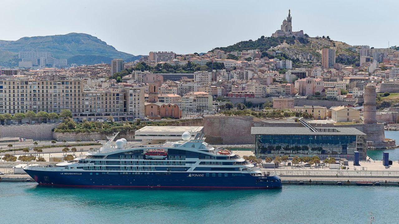 Depuis le 11juillet, 8 des 12 navires de la compagnie du Ponant embarquent de nouveau des passagers pour des croisières légèrement raccourcies.