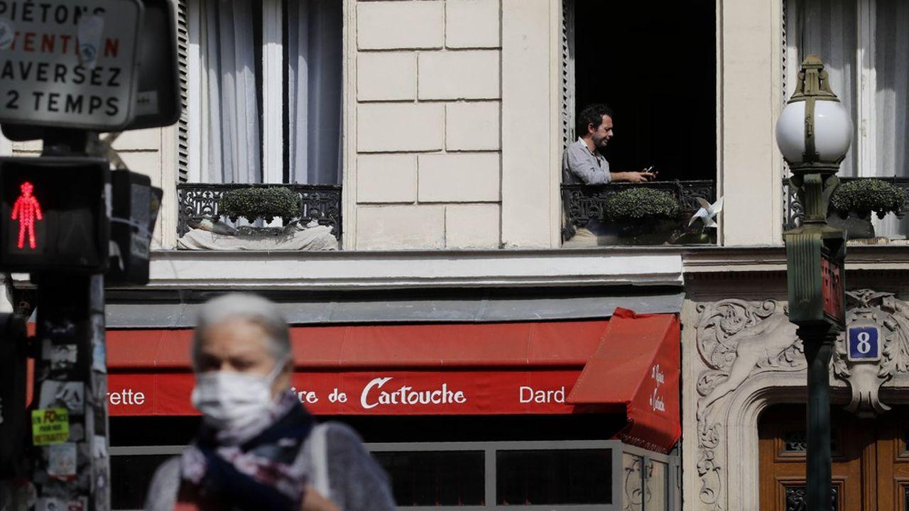 Paris et sa couronne vont imposer le port du masque dans la rue, dans certaines zones déterminées