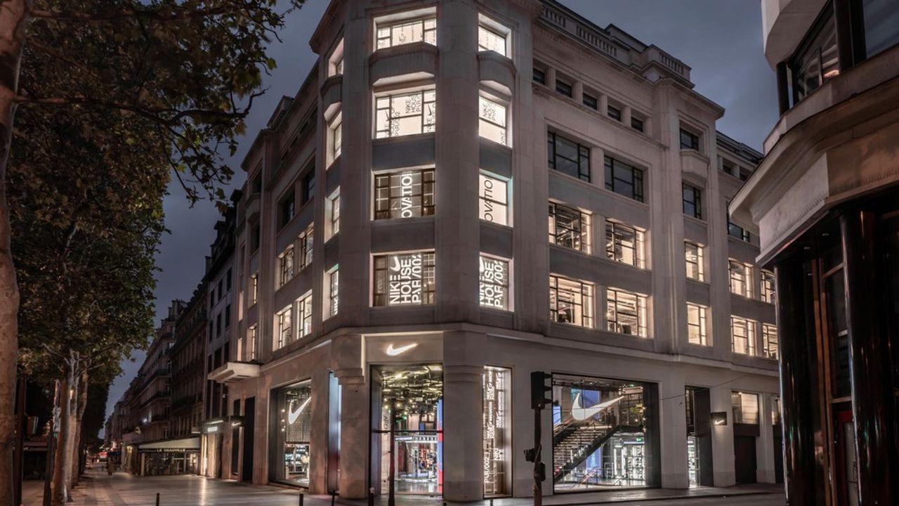 La Nike House of Innovation est installée au 79 avenue des Champs-Elysées.