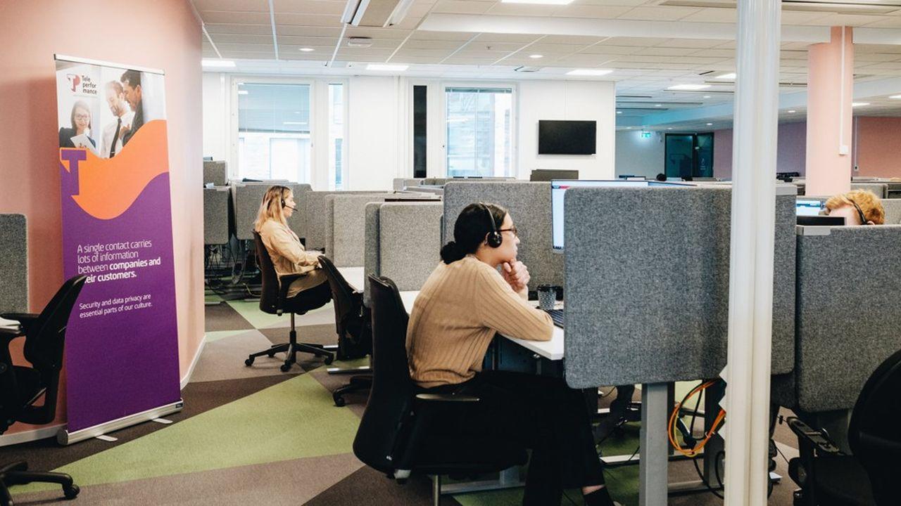 Teleperformance, leader mondial de la gestion de l'expérience client omnicanal, emploie 331.000 personnes dans 80 pays (ici en Suède).