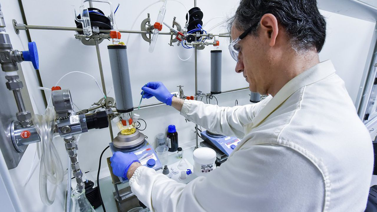 Arkema mise beaucoup sur la recherche dans les nouveaux matériaux, notamment des batteries.