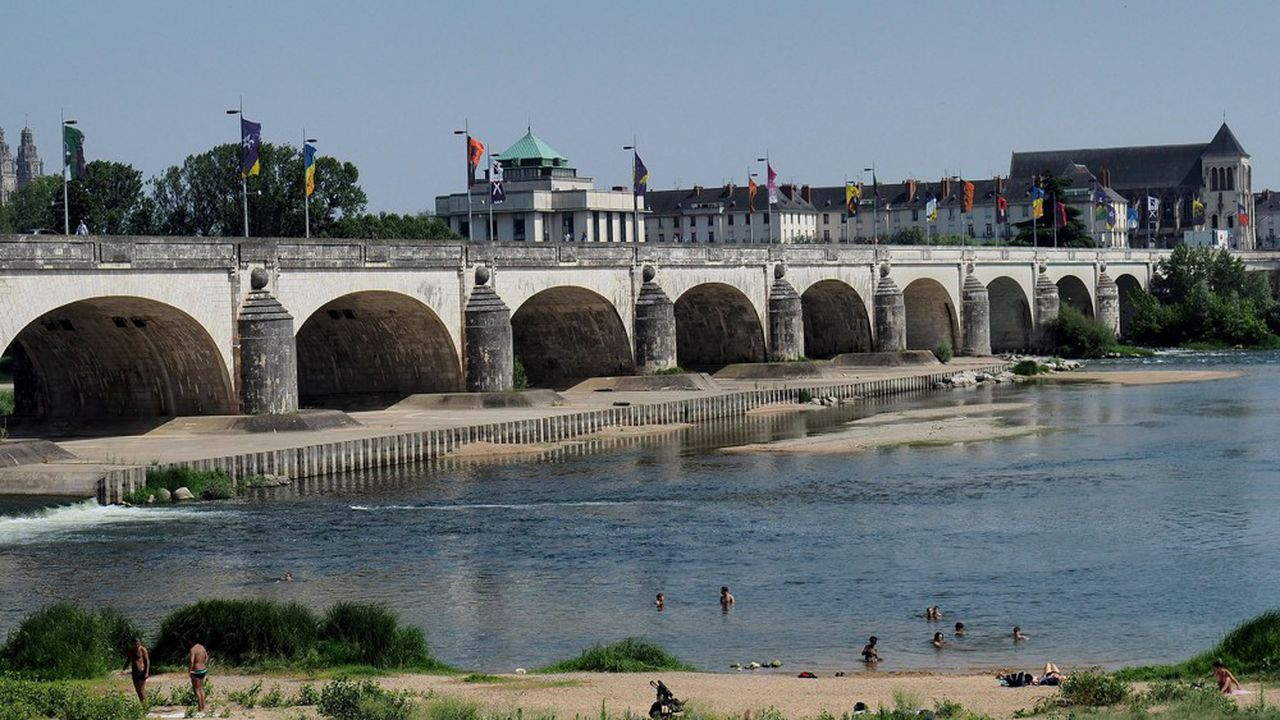 Le pont Wilson, à Tours, sera fermé aux voitures dès le 13août.